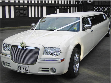 Wedding limo carjacked in the US