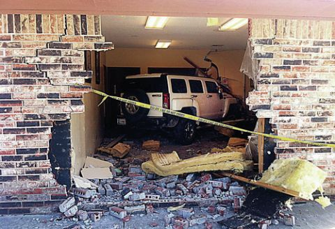 Hummer crashes into medical centre's waiting room