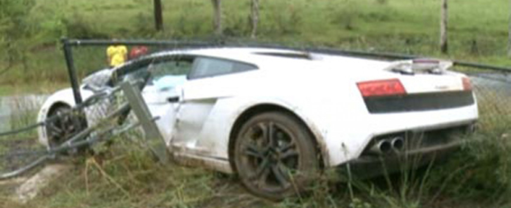 Hired Lamborghini wedding car crashed by groom driving to ceremony
