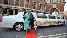 Queen look-alike to travel in chauffeur-driven limo for Jubilee celebrations