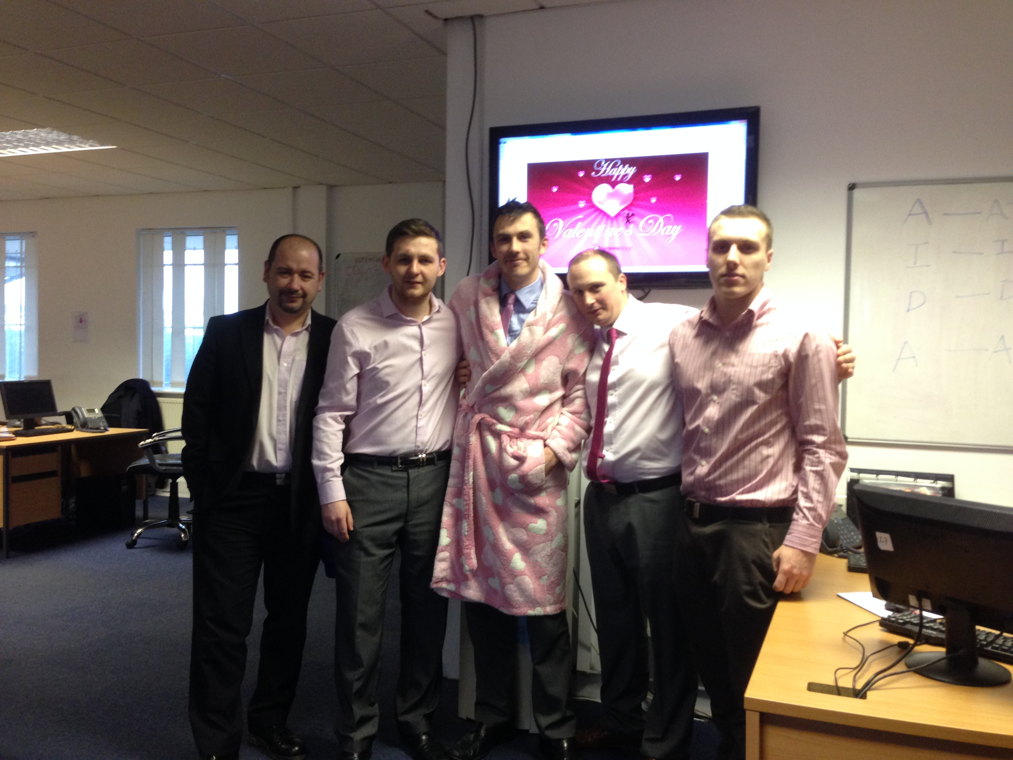 Limo Broker are Pretty in Pink Supporting Breast Cancer Awareness
