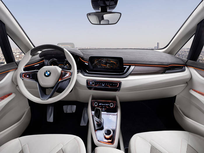 BMW set to reveal its X7 concept this September