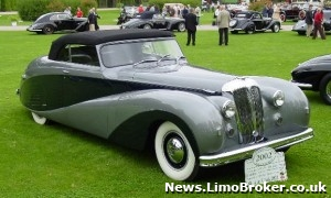 1950's Daimler limo that's been parked outside a house for 40 years to be restored