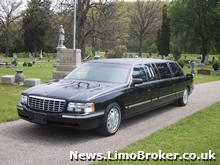 Funeral limo rescues stranded prom goers