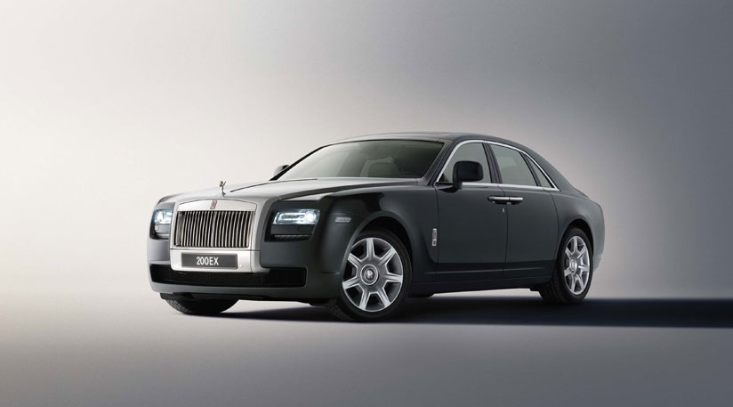Rolls Royce celebrates record number of sales in 2011