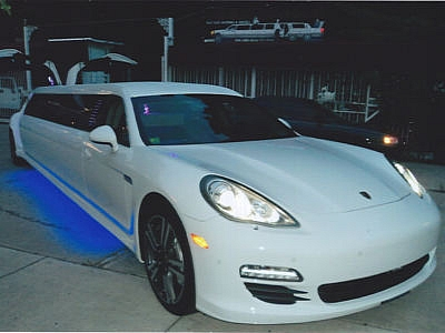 Limo Broker Spotted a 2013 Porsche Panamera S VIP Limo With Gullwing Doors!!