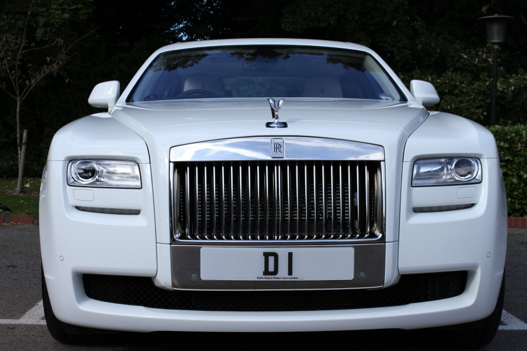 Rolls Royce Limo >> Limo Brokers' D1 Rolls Royce Chauffeurs Kim Kardashian and Kanye West During London Visit