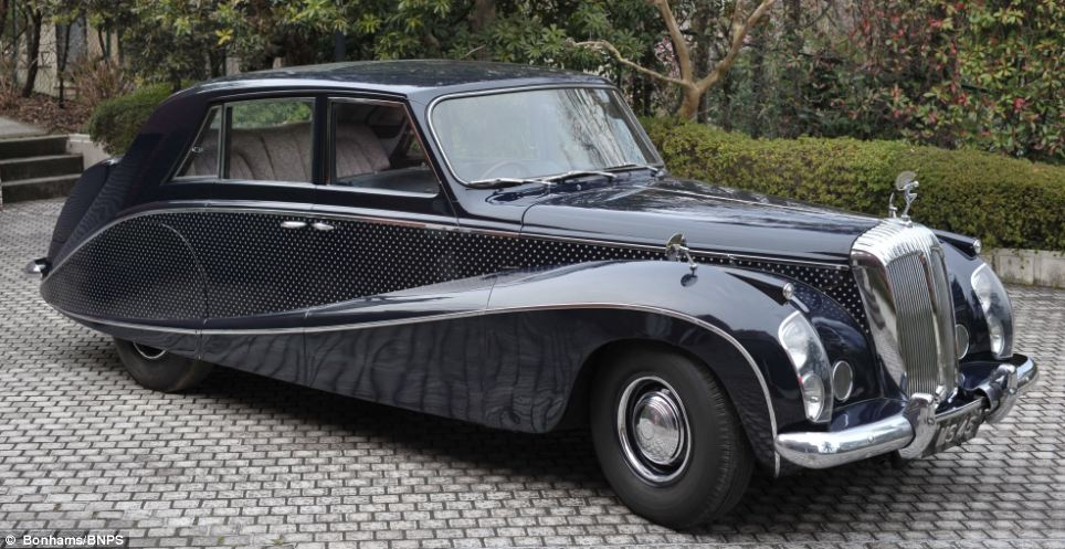 Daimler's luxury limo sells for £110,000