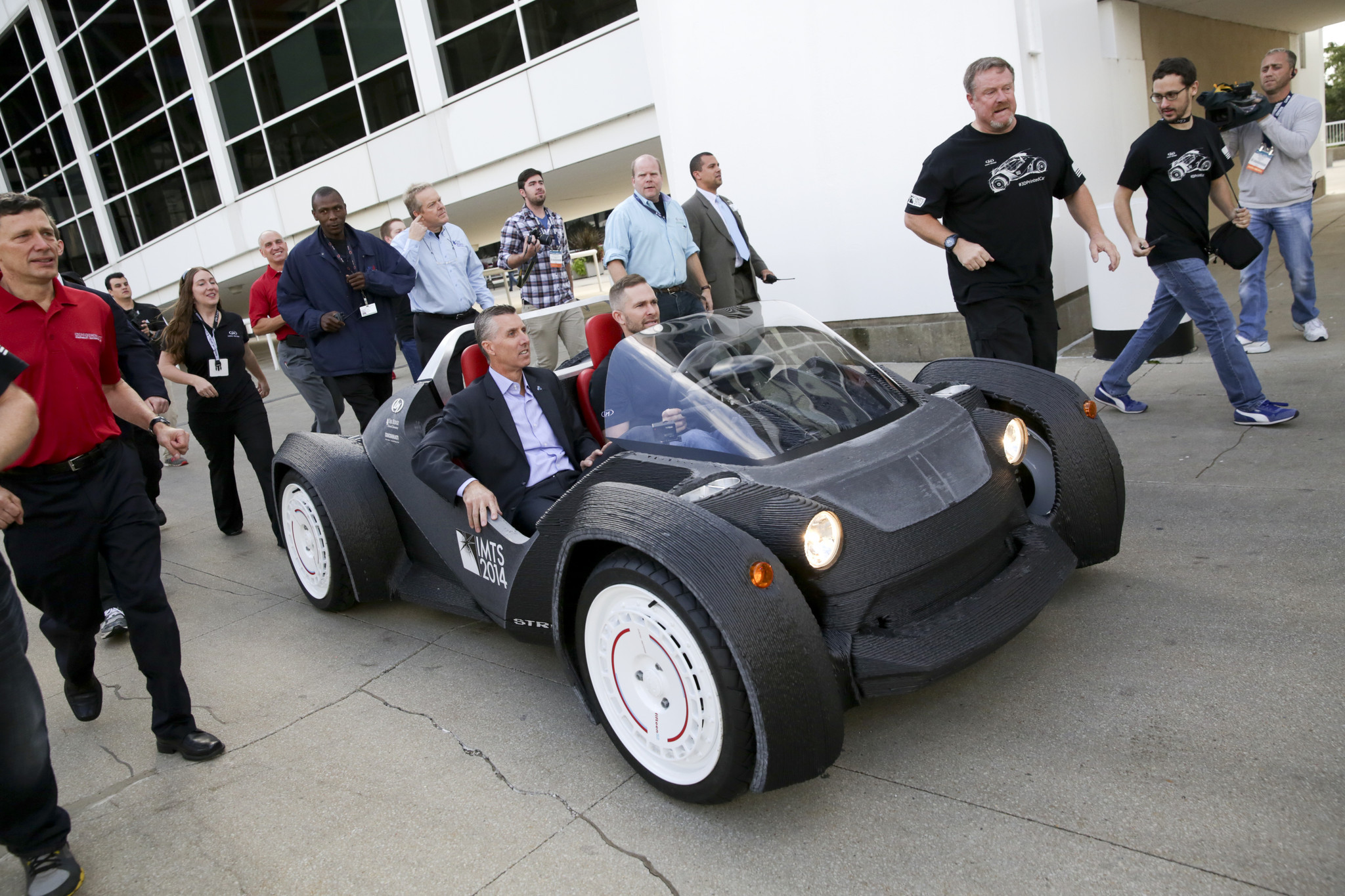 The World's First 3D Printed Car Unveiled at Detriot Motor Show