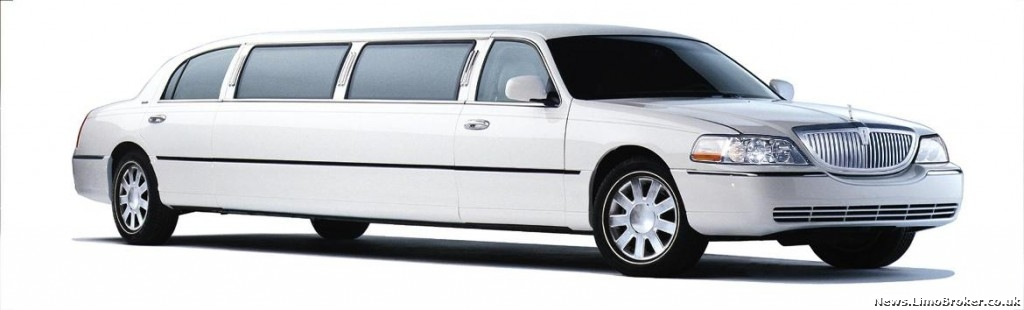 8-Ace-Town-Car-Limo-white