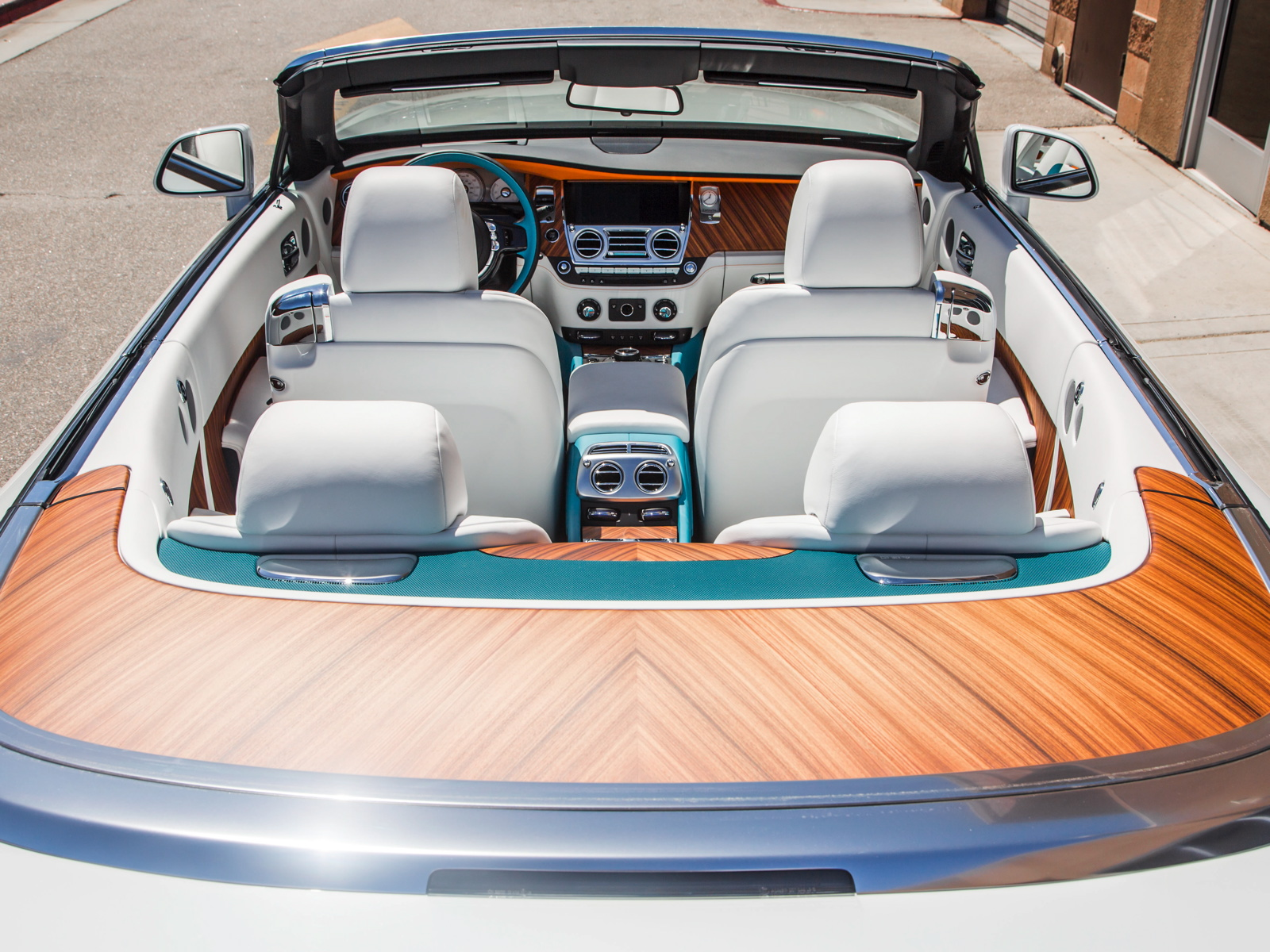The new Rolls-Royce Palm Springs Collection has been unveiled