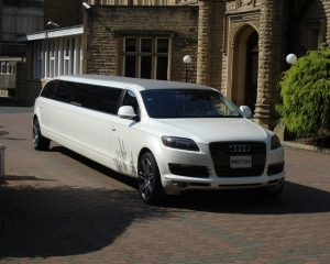 Hire a Limo for Mum this Mother's Day