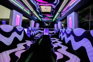 Limos to Hire for a Hen Party