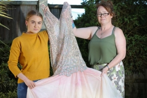 Student Left Devastated After Bully Ruined Her Prom Dress